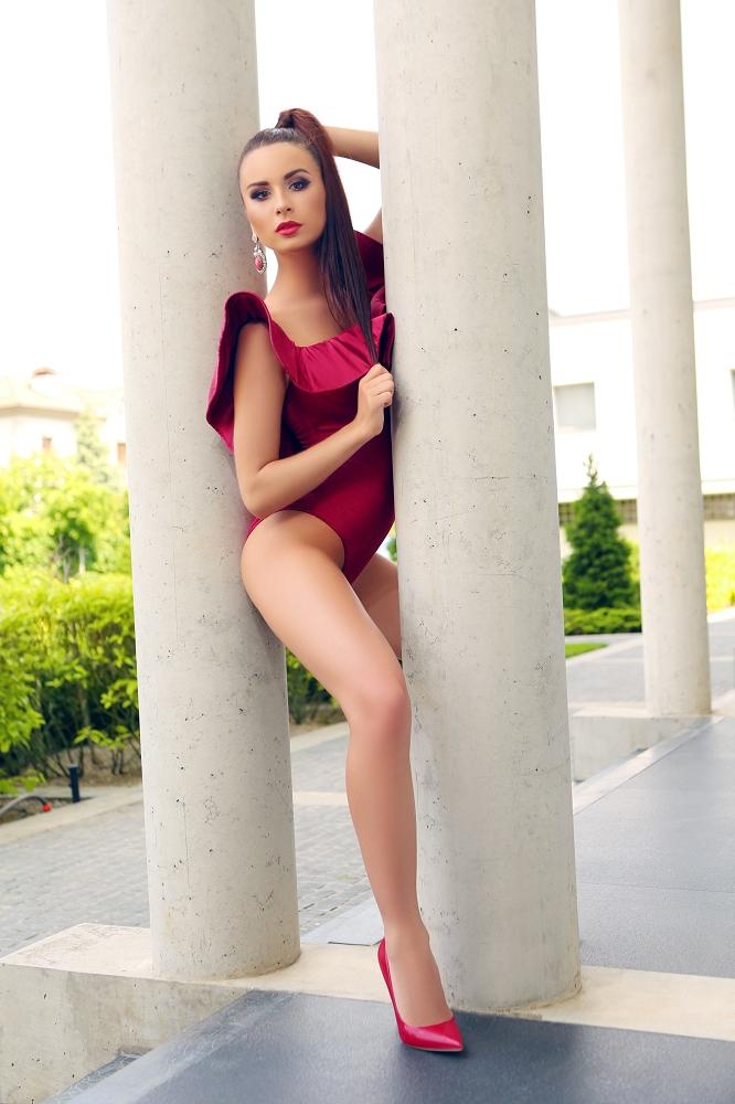 Москва меняет судьбы девочек