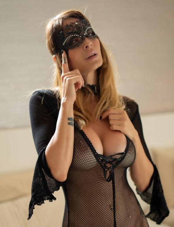Сексуальная массажистка