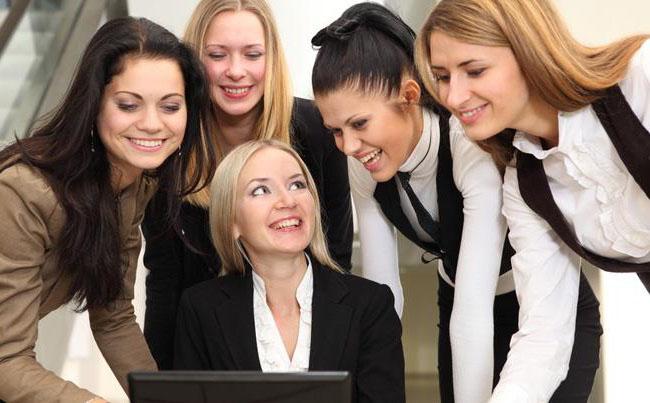 Женский коллектив: плюсы и минусы