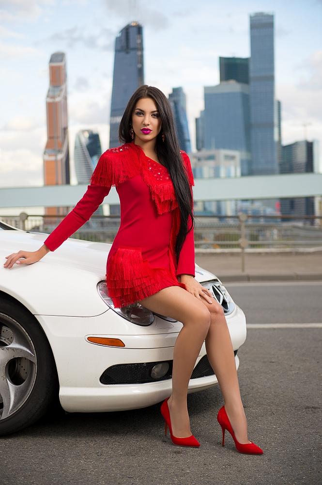 богатый гей ищет водителя в москве