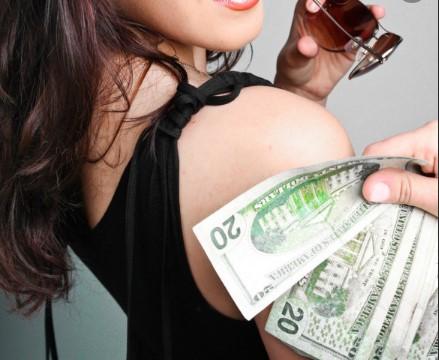 Деньги эскорт модели
