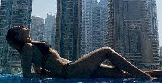 Модель в Дубае